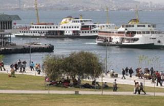 İzmir Mülteci Şehri Mi Oluyor?