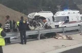 Korkunç Kaza: 8 Ölü, 8 Yaralı