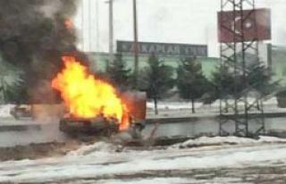 Kahramanmaraş'ta Otomobil Yandı