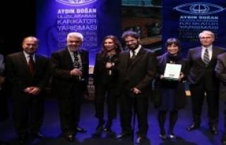 Karikatür Yarışması'nda Birincilik Türkiye'nin