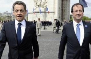 Hollande ve Sarkozy Aynı Törende