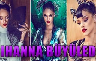 Rihanna'dan Harika Pozlar!