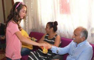 Başkan Karabağ'dan Bayram Geleneği