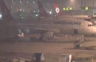Atatürk Havalimanı'na Sis Engeli