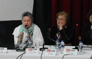 Foça'da 'Kadın ve Yaşam' paneli