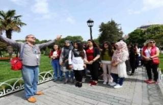 45 Bin Lise Öğrencisi İstanbul'u Yeniden Keşfetti