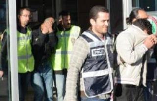 Fuhuş Şebekesine Operasyon: 20 Gözaltı