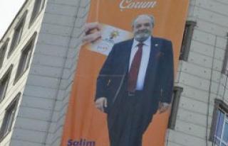 CHP'lileri Kızdıran Afiş
