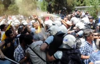 Diyarbakır'da Greve Polis Darbesi
