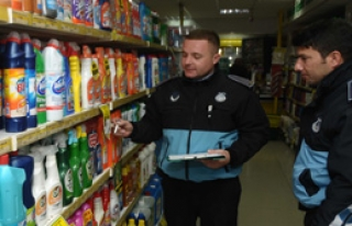 Çeşme'de Süpermarketler Denetlendi