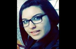 Otomobilin Çarptığı Genç Kız Öldü
