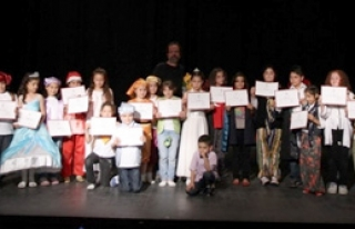 100 Çocuk Sanatla Tanıştı