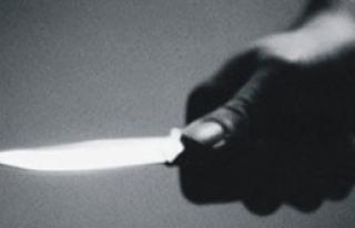 Tinerci Önüne Gelene Saldırdı