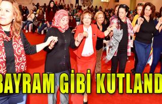 İzmirli Kadınlar Haklarını Kutladı