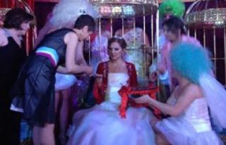 Düğünden Sonra Kına