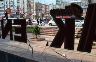 Mersin'de İşyerine Saldırı