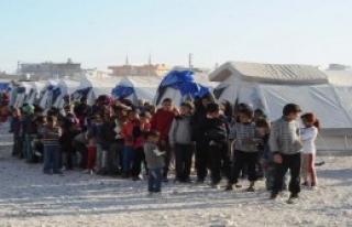 Suriyeli Çocuklara Diş Fırçası Dağıtıldı