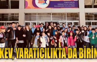 TAKEV Öğrencileri Yaratıcılıkta 5 Ayrı Kategoride...