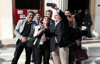 HDP'li Kürkçü'den Seçim Selfie