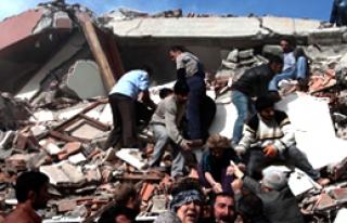 Van'da İki Deprem Daha