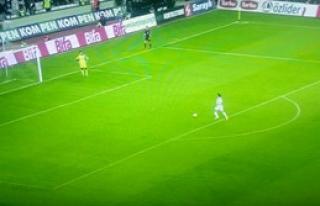 Süper Lig'de Tarihi Gol!