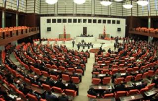 Anayasa 'Eşcinsel Haklarına' Takıldı