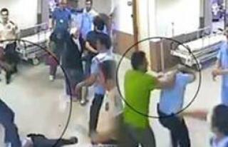 Polisi Hastanede Dövdüler