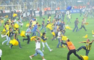 'Tebrikler Galatasaray, Tebrikler Aysal!'