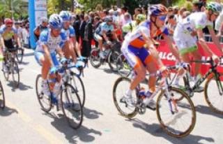 İzmir Trafiğine Bisiklet Düzenlemesi