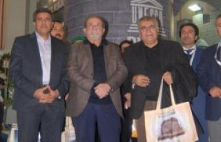 HDP Milletvekillerinden Fuar Ziyareti