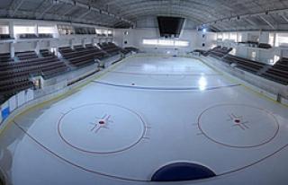 Buz Sporları Merkezi Bakıma Giriyor