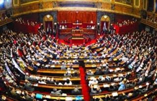 Fransa'dan Tarihi Karar!