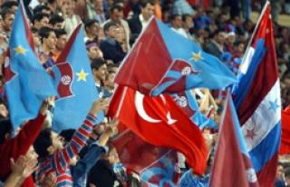 Trabzonspor''da Taraftarından Başkan Şener'e Destek...