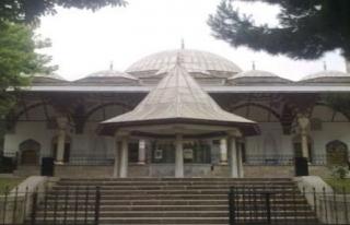 500 Yıllık Cami Yıkıldı