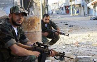 Suriye'de BM Konvoyu Önünde Patlama