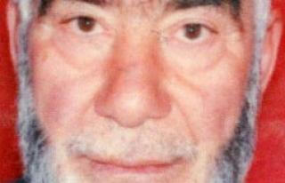 77 Yaşındaki Adam Evinde Bıçaklanarak Öldürüldü