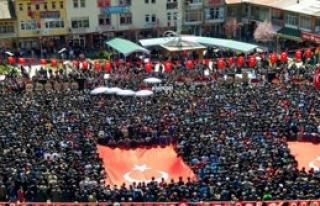 Diyarbakır Şehidini Binler Uğurladı