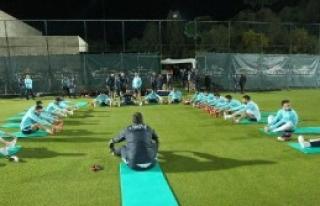 A Milli Futbol Takımı, İlk Çalışmasını Yaptı