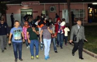 IŞİD'e Katılmak İsteyen 38 Yabancı Yakalandı