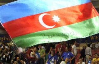 Azerbaycan'dan Fransa'ya Uyarı!