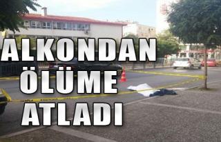 4'üncü Kattaki Balkondan Ölüme Atladı
