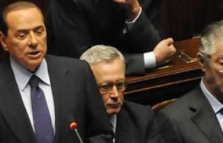 Berlusconi Seçimi Kazandı Ama...