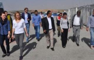 Alman Heyetten Suriyelilere Ziyaret
