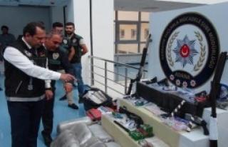 2 Bin 500 Polis İle Hava Destekli Uyuşturucu Operasyonu...