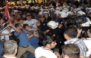 Adana'da Sendikacı ve Parti Temsilcilerine Gözaltı