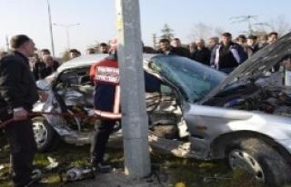 Adapazarı'nda Kaza: 2 Ölü