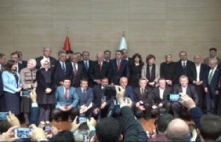 Ak Parti İstanbul Milletvekilleri Mazbatalarını...