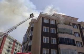 6 Katlı Apartmanda Yangın Paniği