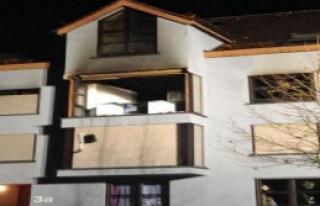 Almanya'da Binada Patlama: 3 Ölü