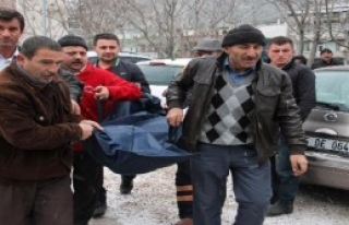 Amasya'da Kimsesiz Ekrem Bülbül Donarak Öldü
